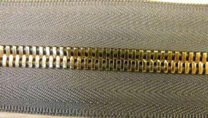 Long Chain Metal Zipper for Garments 7041 pictures & photos