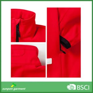 Wholesale OEM Casual Ski Hooded Women Red Color Softshell Jacket pictures & photos