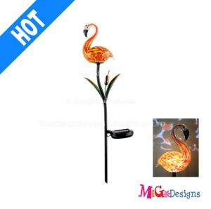 Excellent Glass Flamigo Solar Garden Lights Stake Products pictures & photos