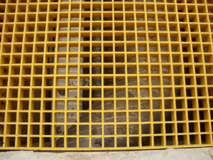 "Industrial FRP Grating 1-1/2"" Thick, 1-1/2"" Square Mesh pictures & photos"