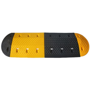 Yellow and Black Traffic Safety Rubber Speed Bump with Reflective pictures & photos