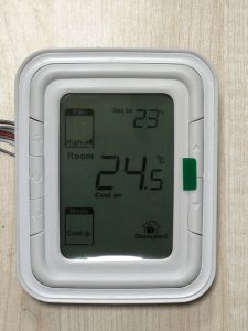 Honeywell Digital Room Thermostat T6861 for Fan Coil pictures & photos