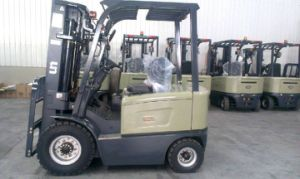 3000kg 4 Wheel Electric Forklift pictures & photos