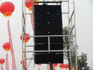 Line Array Speaker (LA312) pictures & photos