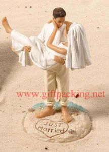 "7"" Just Married Beach Wedding Polyresin Craft"
