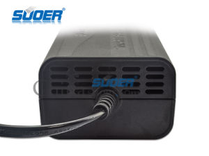 Suoer Low Price 12V 5A Universal Portable Mini Car Battery Charger (SON-1205B) pictures & photos