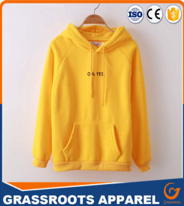 Customized Fashionable Women′s Windproof Sweater Hoodie pictures & photos