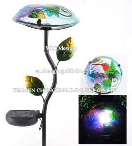 Metal and Glass Mushroom Shaped Solar Light Stake pictures & photos