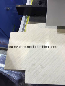 Widely Application Kitchen Woodworking Vertical Cutting Machine Tc-828d pictures & photos