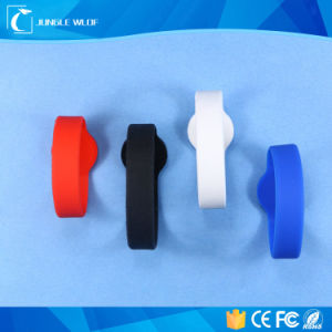 Good Quality UHF Silicon RFID Festival Wristbands pictures & photos