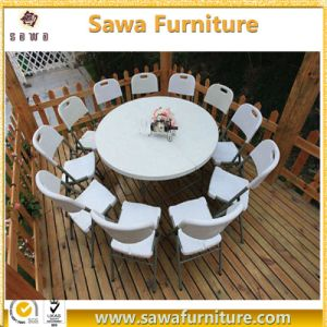 Resin Material Folding Type Plastic Chair in White pictures & photos