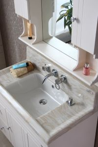Multi-Layer Solid Wood Sanitary Ware Bathroom Cabinet pictures & photos