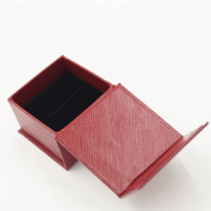 2017 New Arrival Cardboard Paper Jewelry Box for Ring (J40-A1) pictures & photos