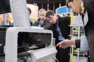 Russia Radel Showed Prototyping SMT Machine pictures & photos