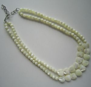 2 Rows Fashion Costume Shell Beads Necklace for Women pictures & photos