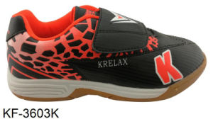 Indoor Training Soccer Shoes with TPR Outsole for Youth pictures & photos