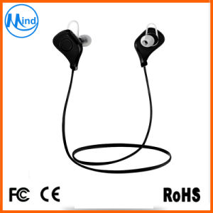 OEM Design Logo Printing Fashion Stereo Wireless Earphone with 75mAh Battery pictures & photos