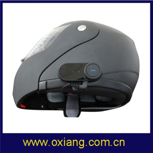 Super Motorcycle Helmet Headset with 800m Biker-to-Biker Intercom Communication pictures & photos