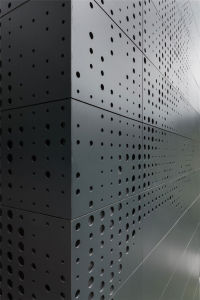 Custom-Made Perforated Metal / Perforated Wire Mesh pictures & photos