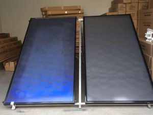 Compact Flat Plate Solar Collector pictures & photos