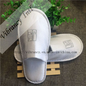 4~5 Star Hotel White Waffle Slippers Close Toe Hotel Disposable Slipper pictures & photos