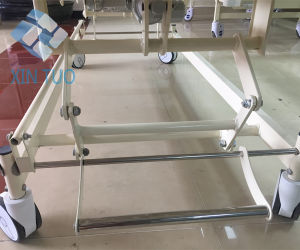 Factory Direct Price Three Function Electric Rolling Hospital Care Bed pictures & photos