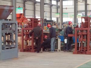 Qt4-24 Cement Brick Block Making Machine Price pictures & photos