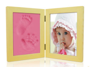 Pine Wood Frames for Footprint and Handprint with Photo pictures & photos