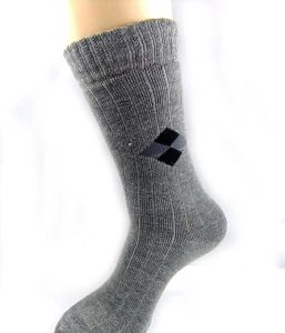 Weihuan (WH) Computerized Terry Socks Knitting Machine for Man, Woman (WH-6F-R) pictures & photos