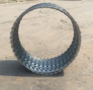 Razor Barbed Wire Bto22 Without Clips---Factory Supplier pictures & photos