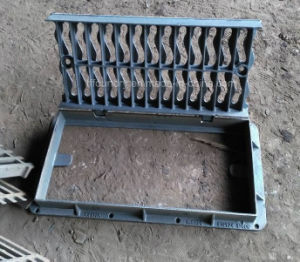 Ductile Iron Gully Grating Covers with Rectangular Frames pictures & photos