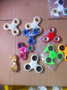 Hot Selling! Gaoyuan Hand Spinner with High Speed pictures & photos