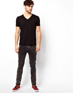 Custom Men′s Black Plain V Neck Tee Shirts pictures & photos