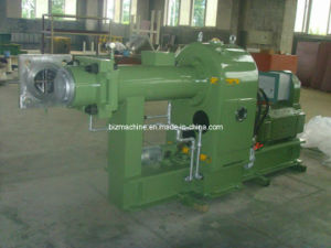 Hot Feed Rubber Extruder Machine pictures & photos