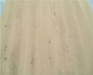 Wihte Wire Brushed Oak Engineered Wooden Floors pictures & photos