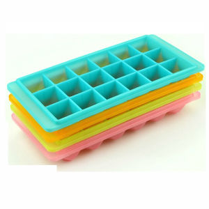 Eco-Friendly 18 Cells Silicone Ice Cube Tray pictures & photos