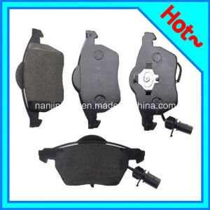 Auto Brake Pad for Audi A4 A6 4b0698151e pictures & photos