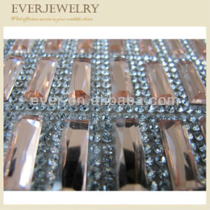 Hotfix Rhinestone Trimming with Light Peach Square Stone for Shoe pictures & photos
