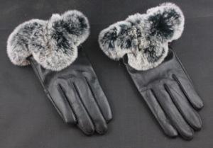 The Black Color Rabbit Fur Ladies Gloves pictures & photos