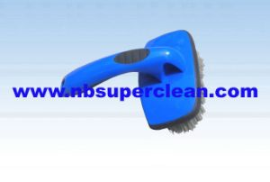 Plastic Car Cleaning Wheel Brush Tyre Brush (CN1846) pictures & photos