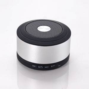 Four Colors Metal Speakers Metal Bluetooth Speaker pictures & photos