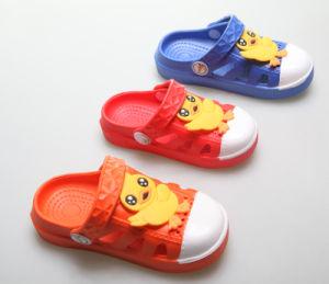 OEM Top Sale Children′s Clogs pictures & photos