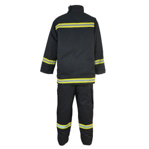Waterproof Winter Reflective Coveralls pictures & photos