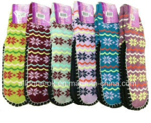 Snowflake Knitted Indoor Floor Shoes Socks Anti-Slip pictures & photos
