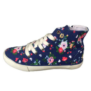 Fashion New Style Lace up Casual Vulcanized Canvas Footwear for Men/Women pictures & photos