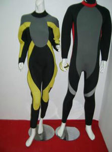 High Quality Professional Surfing Wetsuit pictures & photos