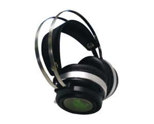 Fashionable Wired Stereo Gaming Headset with LED Light pictures & photos