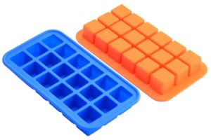 18-Cavity Square Silicone Ice Mold Maker Cube Tray Si12 pictures & photos