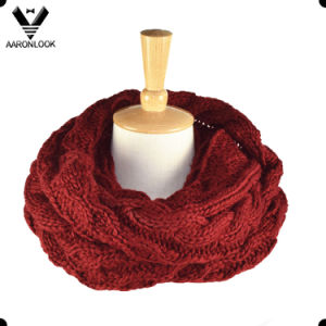 Fashion Thick Warm Cable Knitting Snood pictures & photos