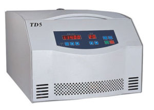 Cheap Tabletop Multi-Pipe Centrifuge Td5 5000rpm 100ml pictures & photos